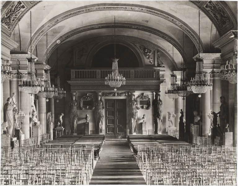 Versailles la mort du roi le louvre sous louis xiv for Architecte de versailles sous louis xiv